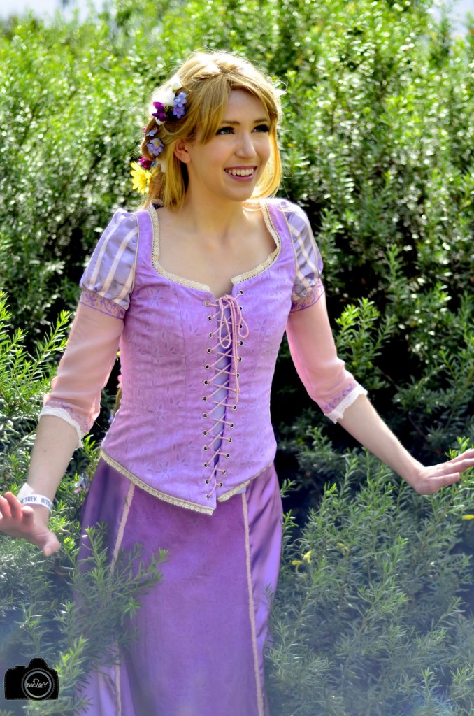 Rapunzel by Josie Phin Cosplay Photography by Neitzarr
