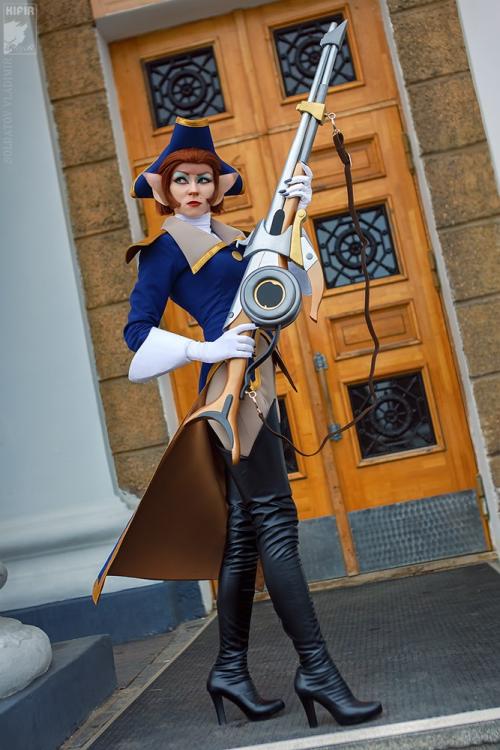 Captain Amelia by Ryoko-Demon Photography by Kifir