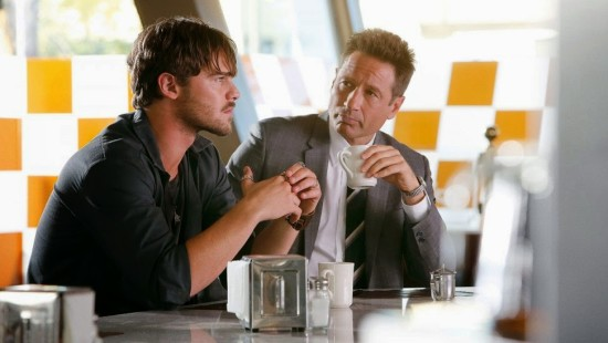 Duchovny-and-Damon-in-Aquarius-e1432914998775