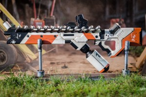 Assault Rifle from the movie District 9. Made of EVA Foam.