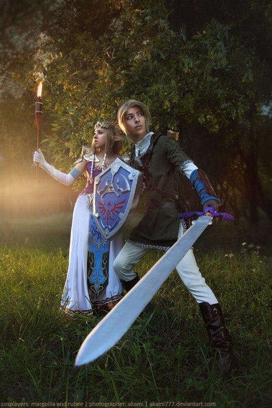 "Zelda: Cosplay band ""404 not found"" (Rubee)  Zelda: Cosplay band ""404 not found"" (Margollla)  Photo: Akami"