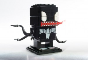 LEGO_2017_SDCC_Exclusive_Venom_BrickHeadz_HR