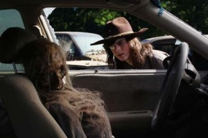 chandler-riggs-as-carl-grimes-in-the-walking-deads-mercy-epi_6vsc.640